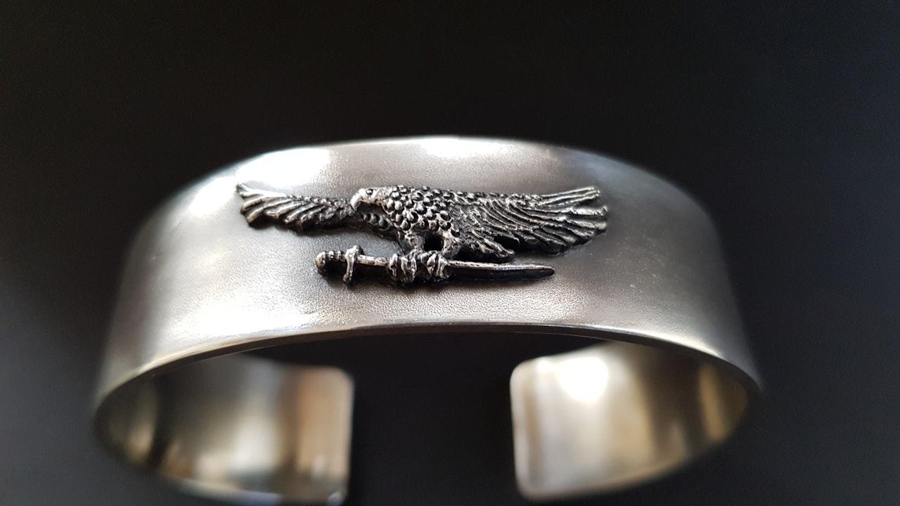 Eagle cuff