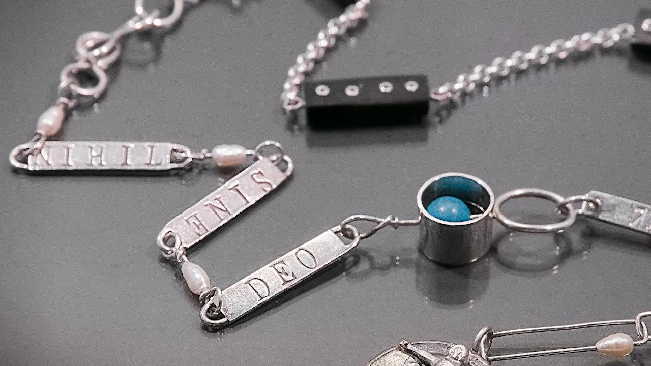 """Nihil Sine Deo"" necklace"