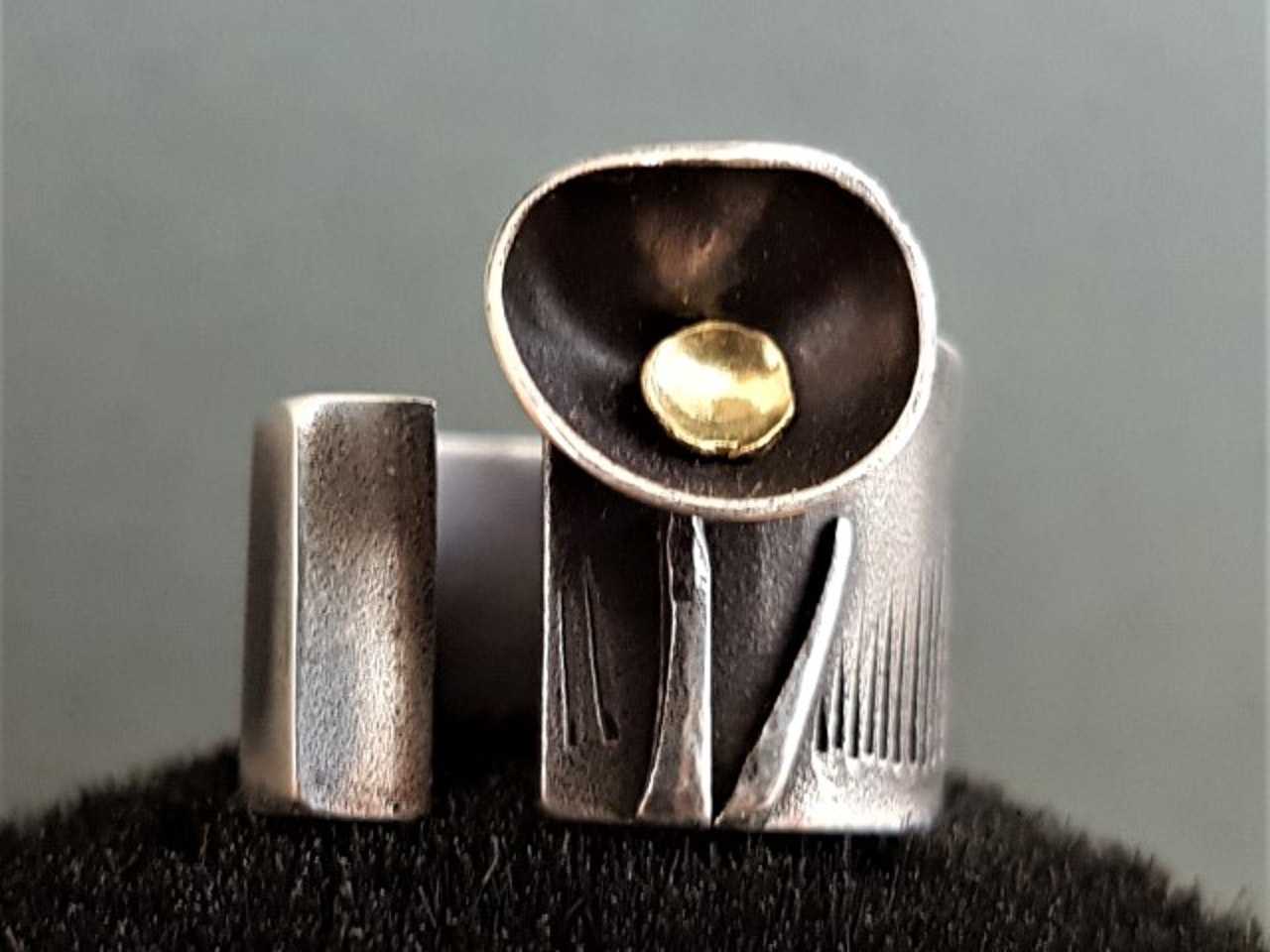 ring08a-640x640