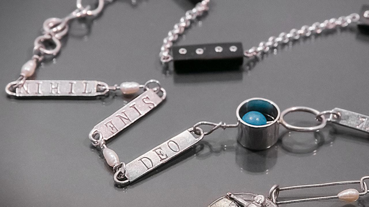 necklace1-1240x1240