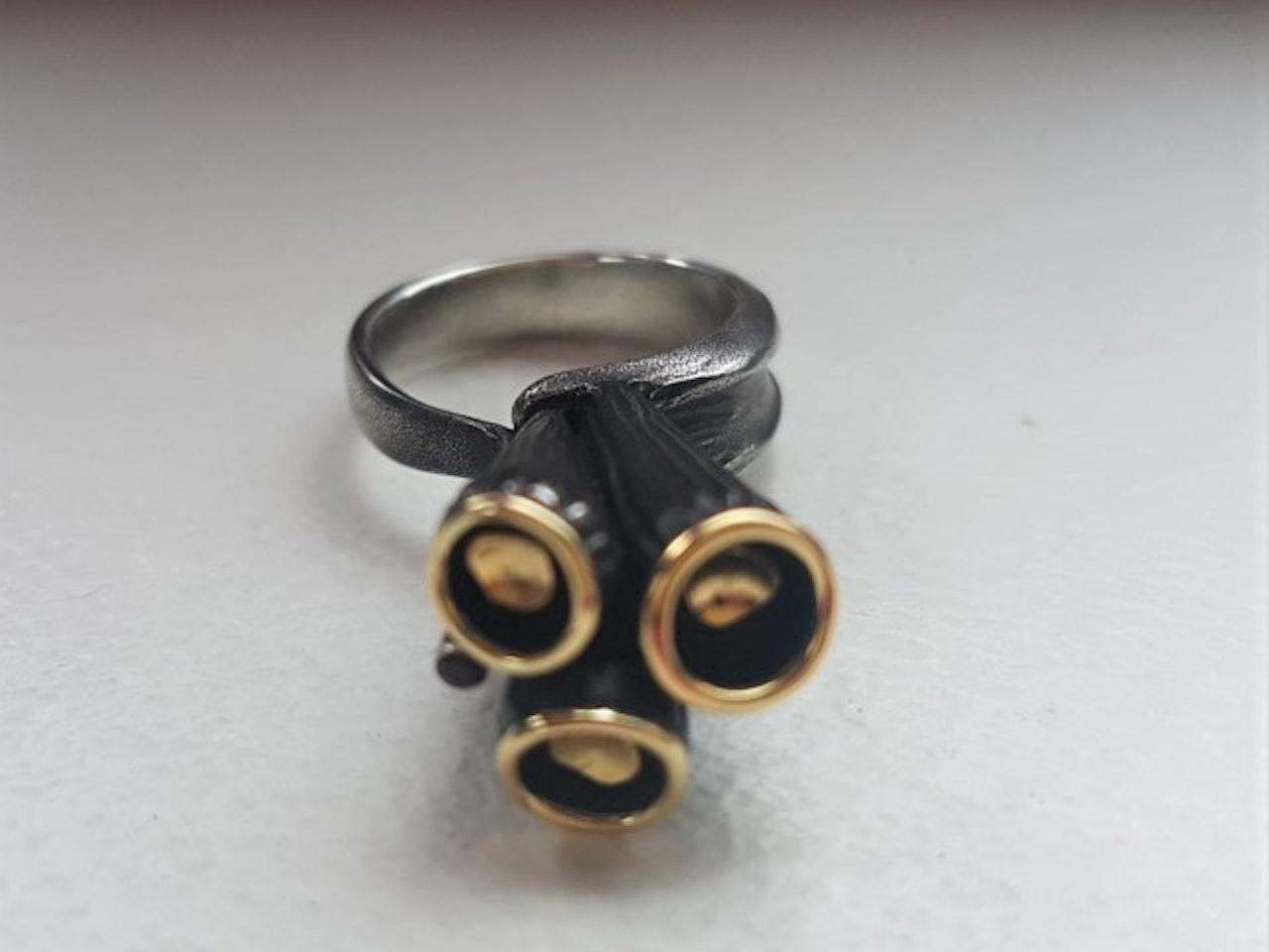 ring07b-640x640