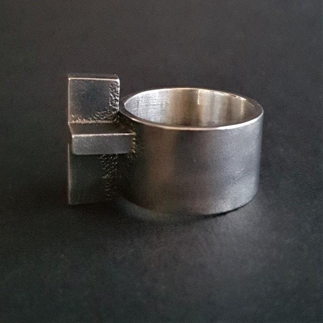 ring18c-640x640