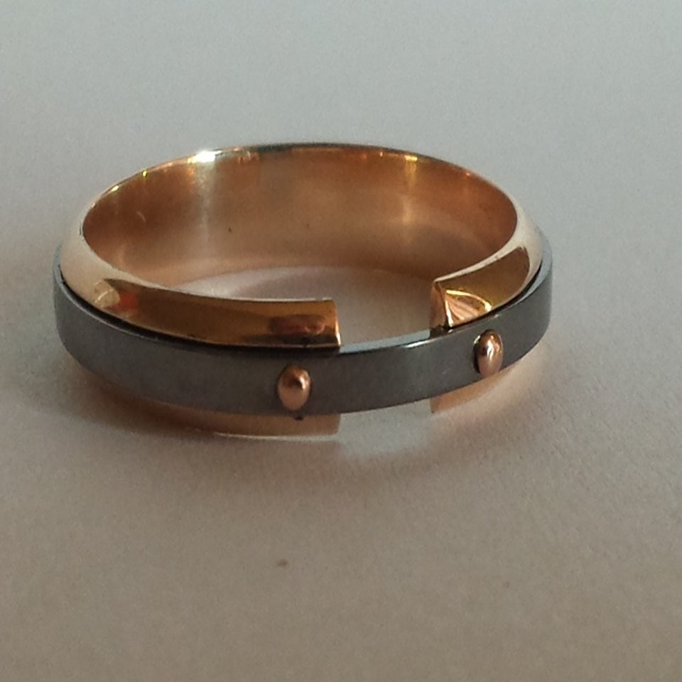 ring01a-640x640