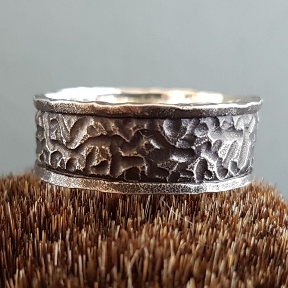ring04a-640x640