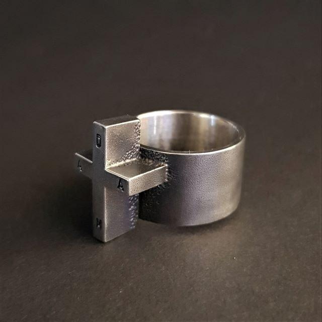 ring18b-640x640