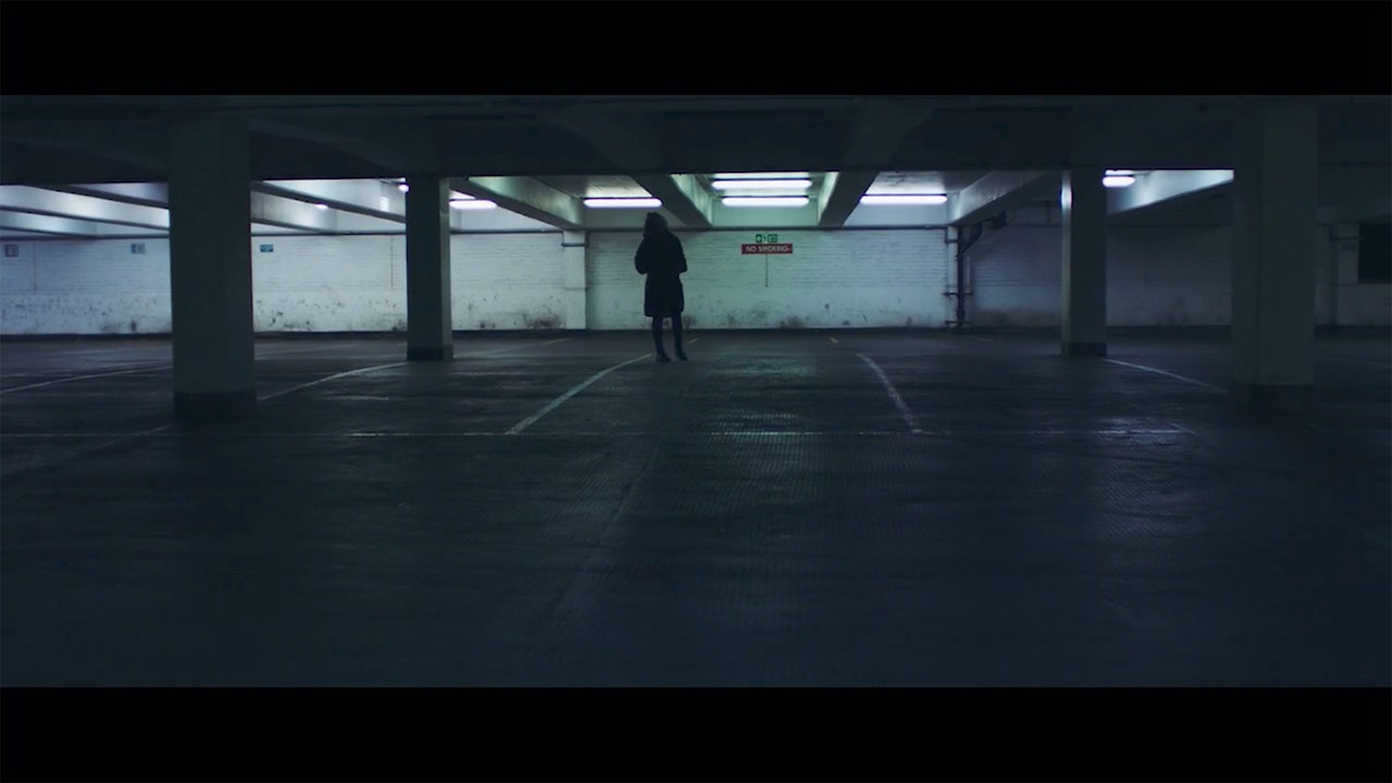 Eliza Shaddad  /  Wars - Cinematographer London | Eliza Shaddad | Wars | music video | image 4