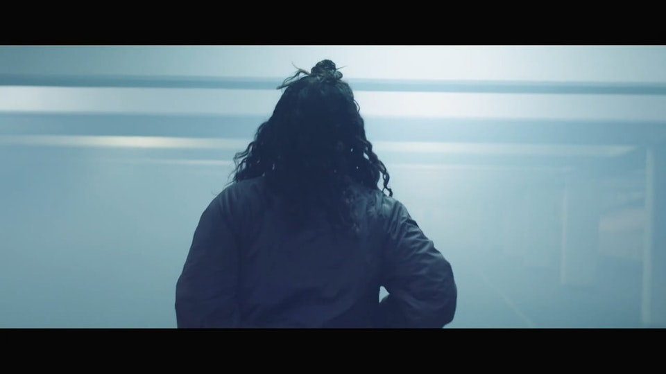 Eliza Shaddad  /  Wars - Cinematographer London | Eliza Shaddad | Wars | music video