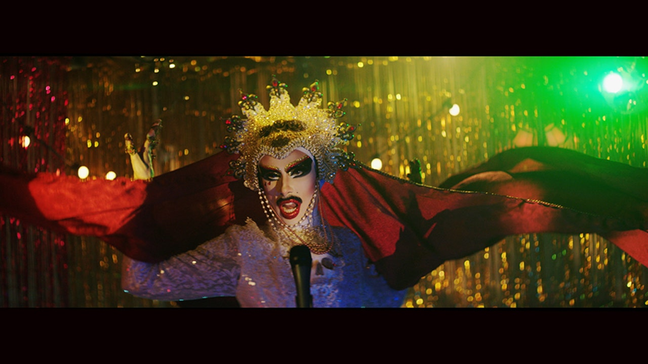 Honey Blood  /  Walking At Midnight - Cinematographer | Young Blood | walking at midnight | Music video | image 1