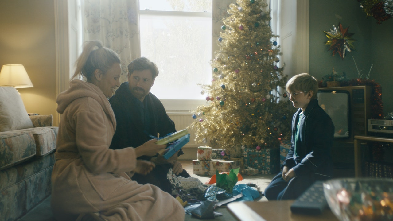 UK Gold  /  Xmas - Cinematographer | UKTV | Xmas Gold | TV-Commercial | Image 6
