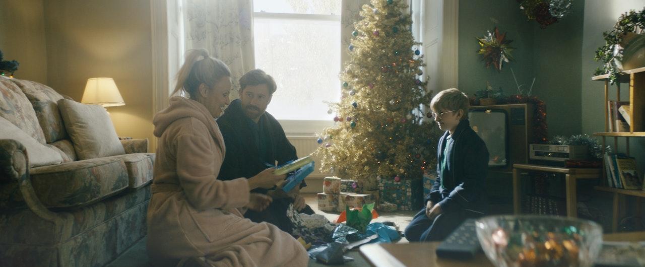 Uk Gold  //  Xmas - Sonic Films Graded images / UKTV Gold / commercial / 3 of 6