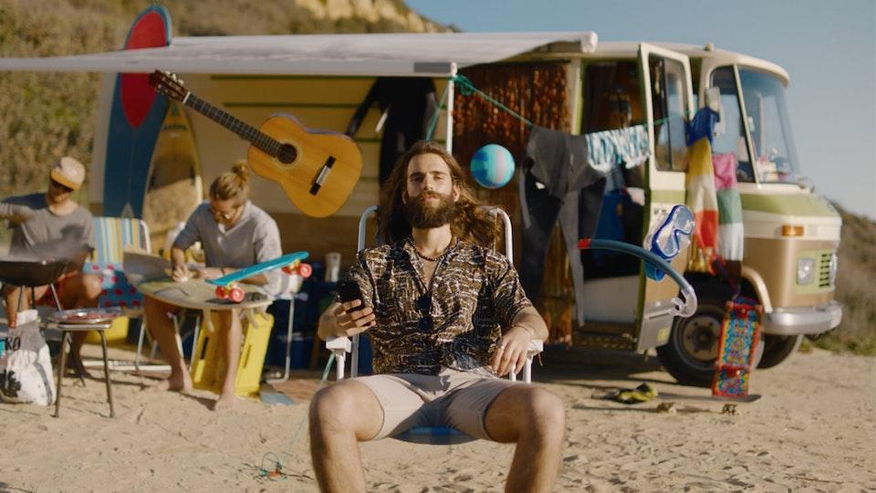 Henrique Oliveira - MOEY • Surf trip