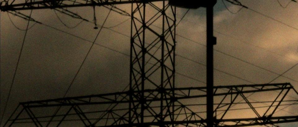 angelo van de wiel - Tether   Music Video