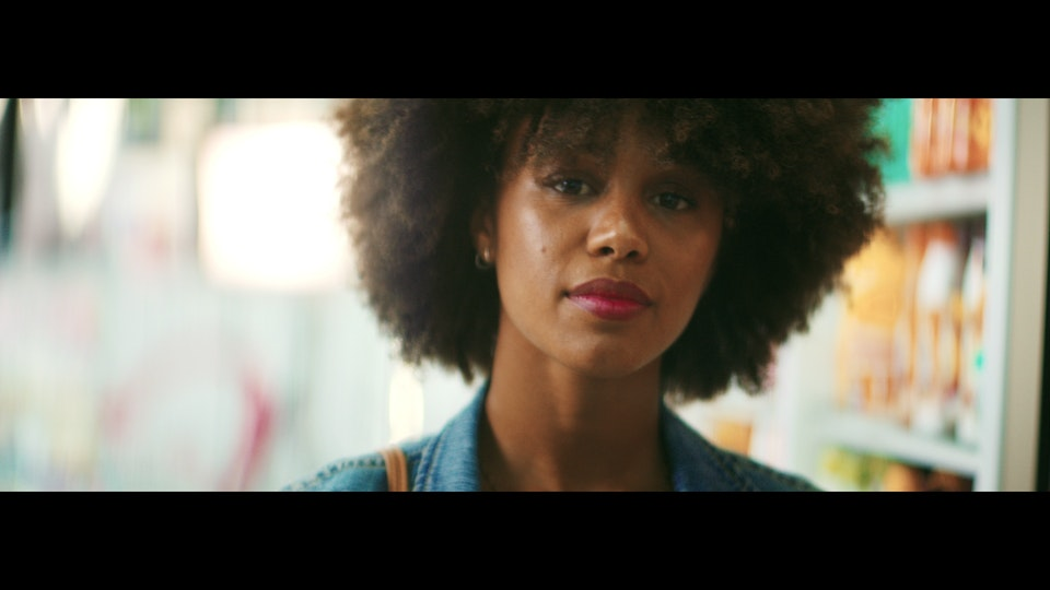 L'ORÉAL | THE BEAUTY OF COMING BACK vlcsnap-2020-07-12-18h45m41s089