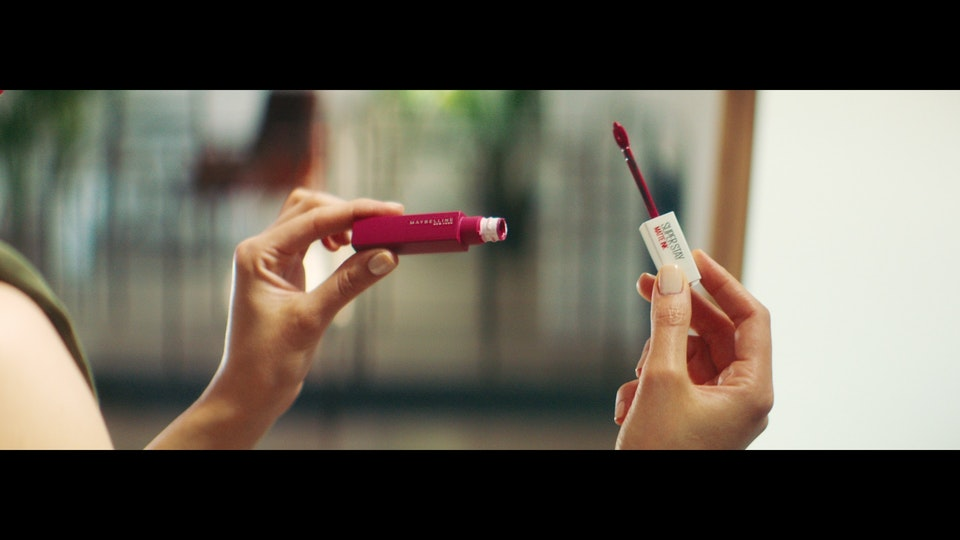 L'ORÉAL | THE BEAUTY OF COMING BACK vlcsnap-2020-07-12-18h48m52s789
