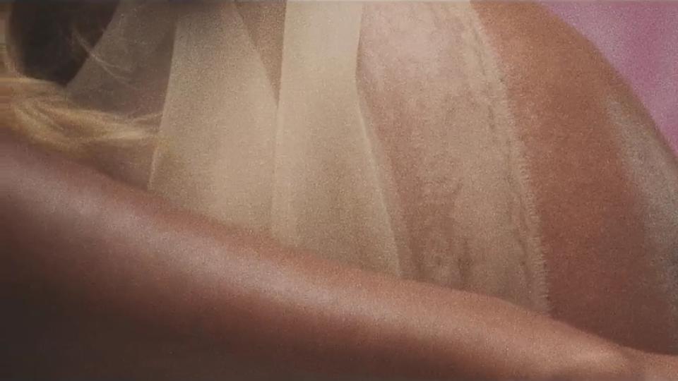 Kamille ft. Avelino - 'Body'