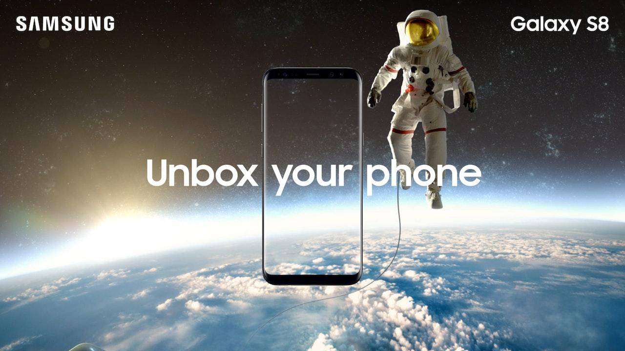 Samsung S8 - Astronaut