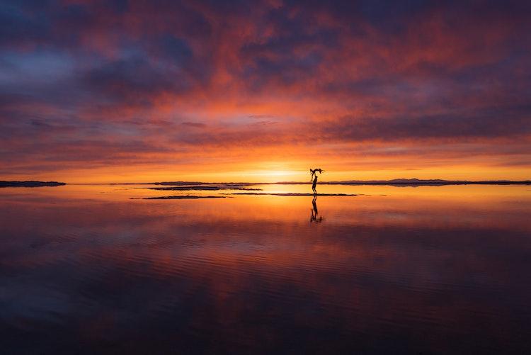 Yoga-At-The-Salt-Flats