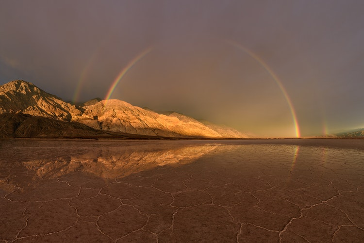 Stormy-sunrise-over-Death-Valley