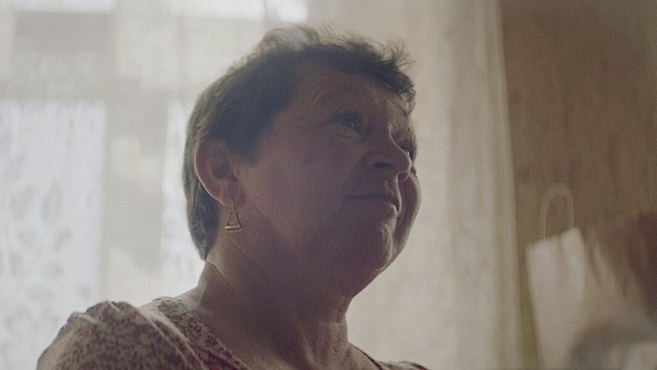 CHRIS O'DRISCOLL - Knitting grannies