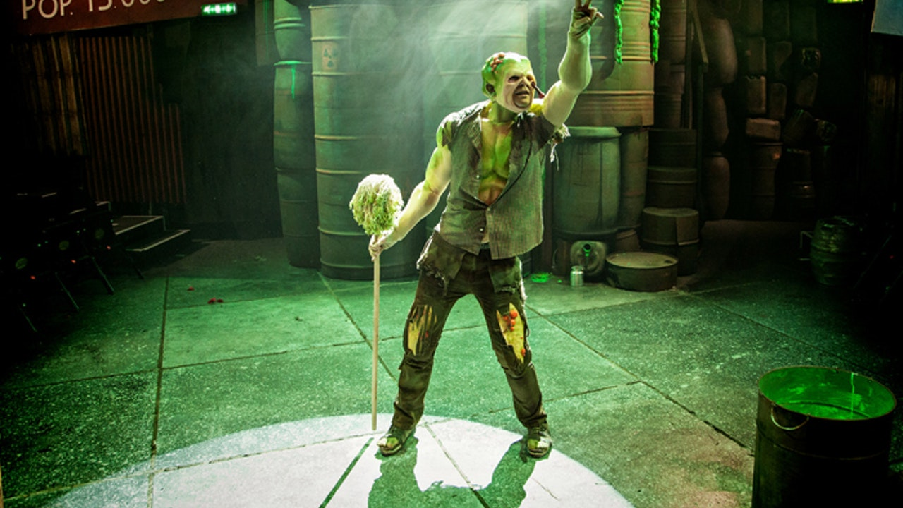 A-scene-from-The-Toxic-Avenger-at-Southwark-Playhouse25980413843_feab04fd93_h