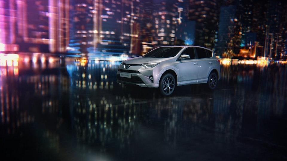 """Toyota RAV4 Hybrid """"Eye Magnet"""""""