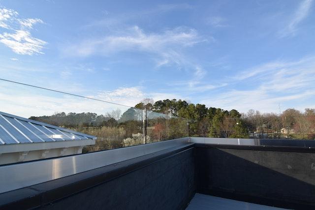 CC 07 Rooftop Glass Rails