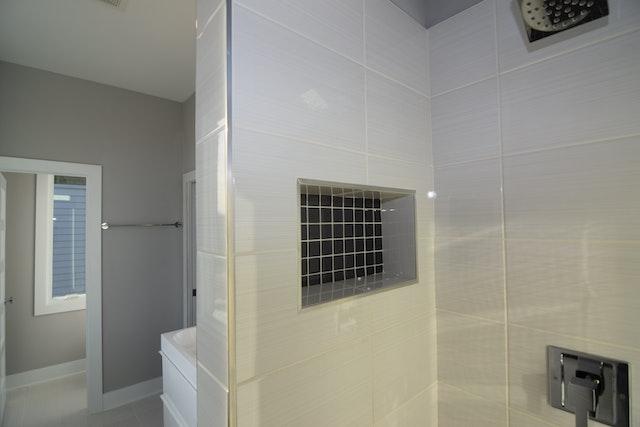 CC 07 Master Shower