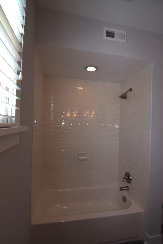 Butternut-13 Guest Bath
