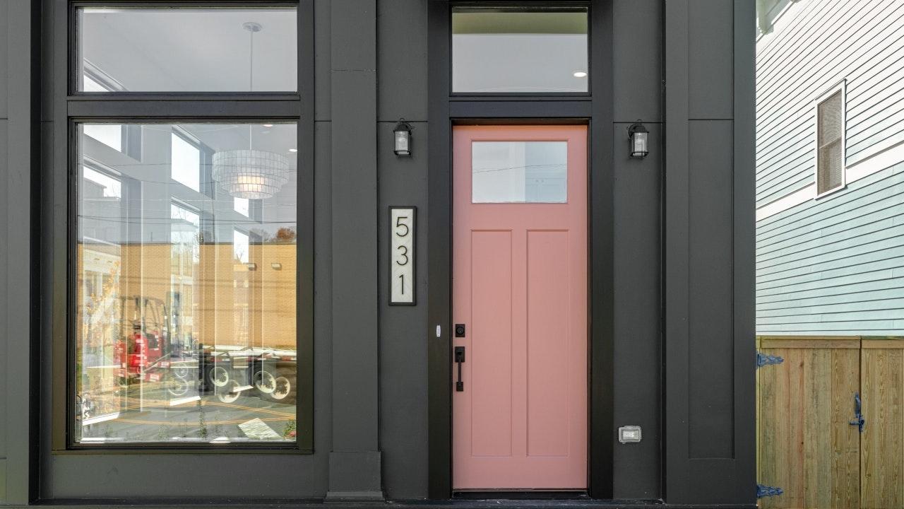 531 Maywood, Shop House
