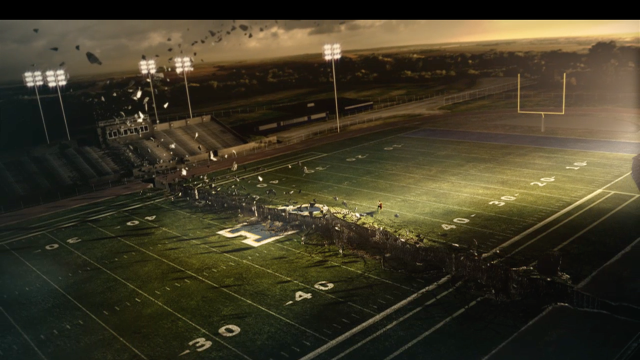Friday Night Lights 'Pieces'