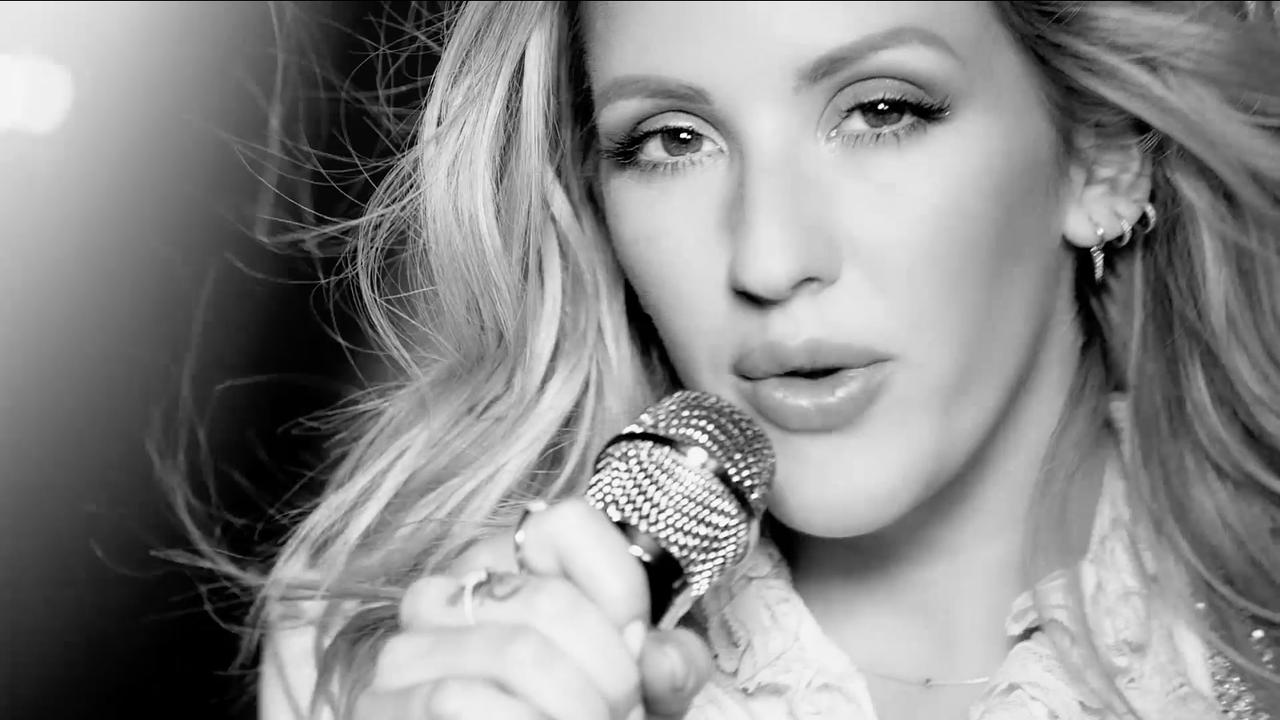 Ellie Goulding - Deichman Shoes -