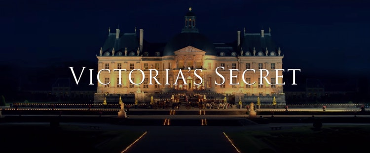 VICTORIA'S SECRET (2016)