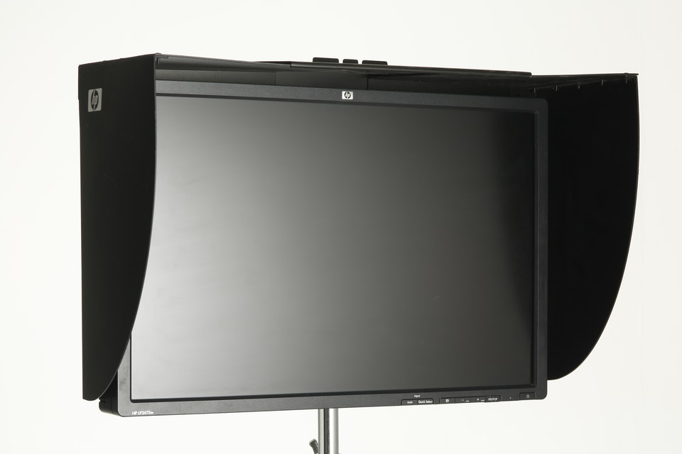 "HDMI 24""  HP monitor 1920X1080"