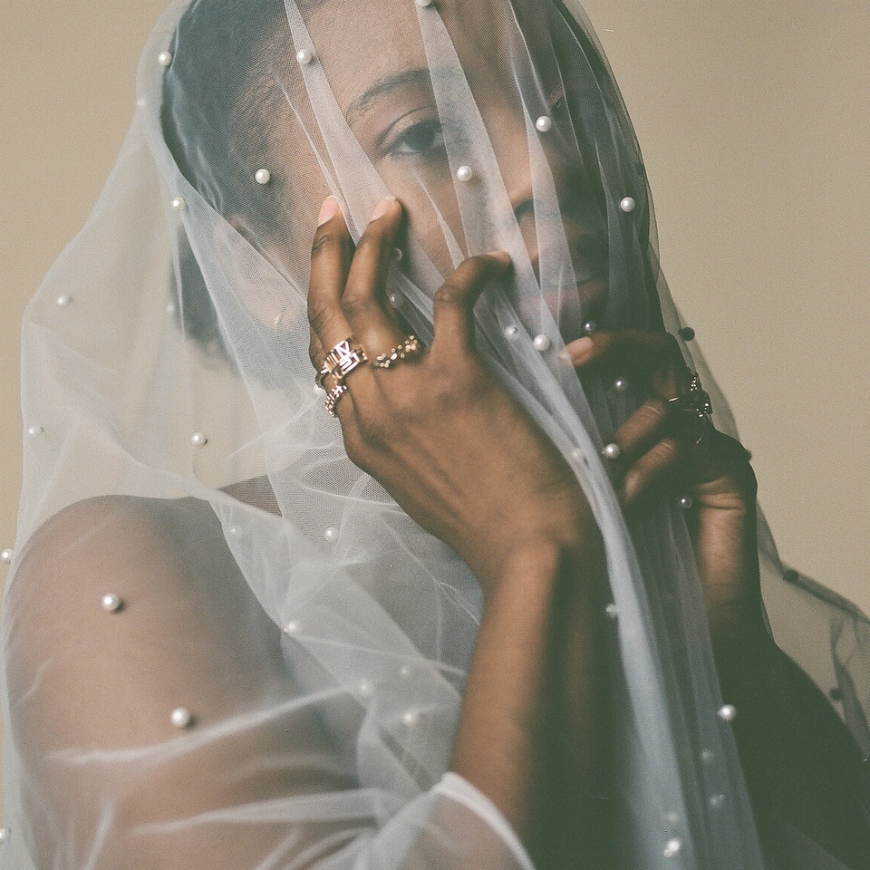 Veiled Noir | 2020