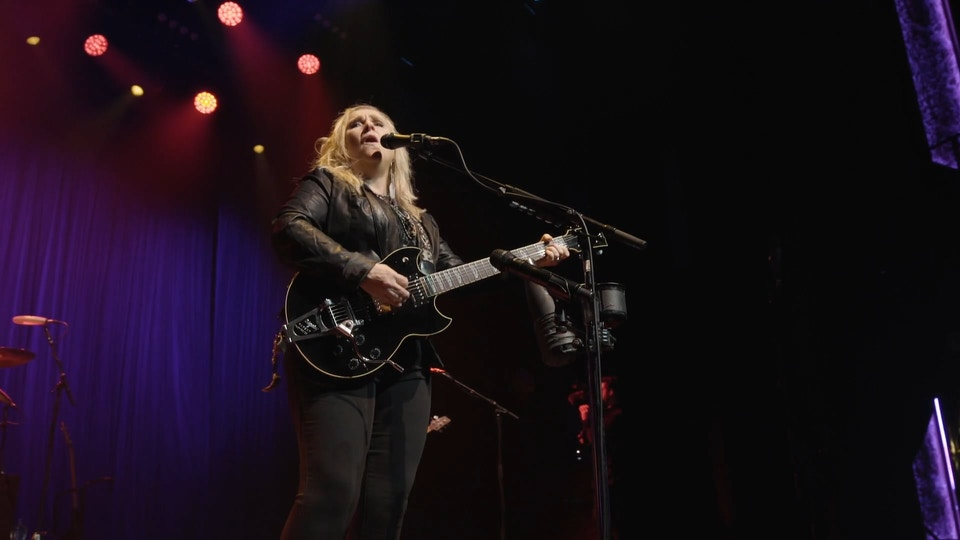Melissa Etheridge - Wild And Lonely (Live @ The O2)