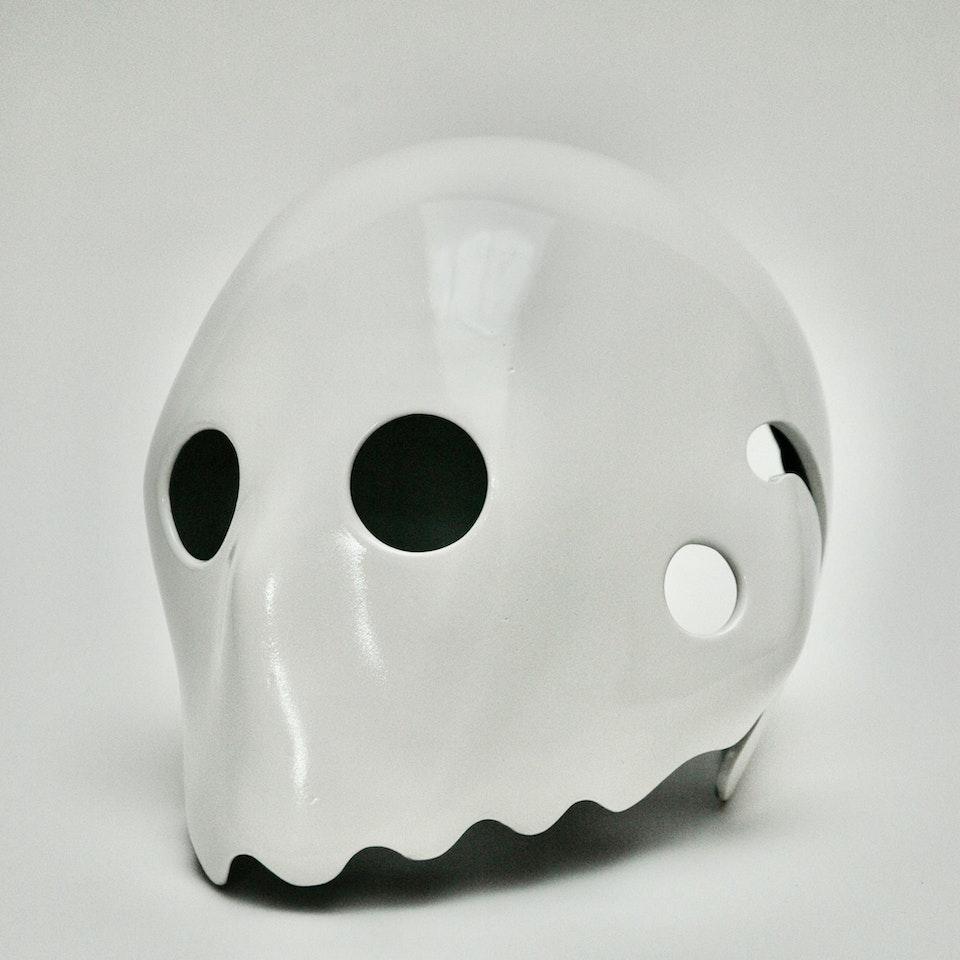 White Helmet Head 559459BE-4E87-4336-83AB-5A32318C2881_1_201_a