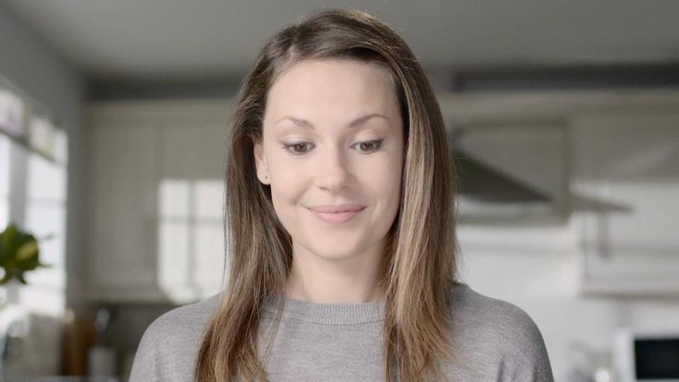 "Video Wallpaper - YODEL ""Smile"""