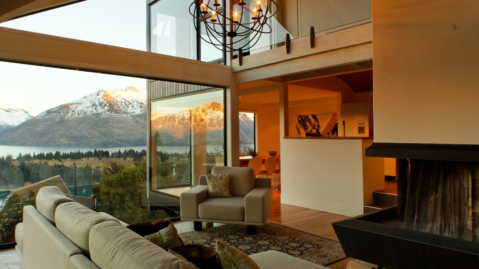 Stacey Farrell - Lake View House