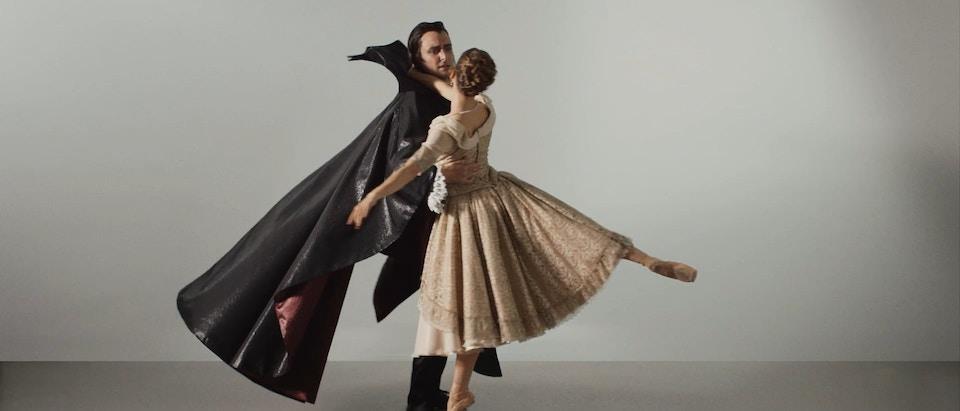 WA Ballet - Dracula