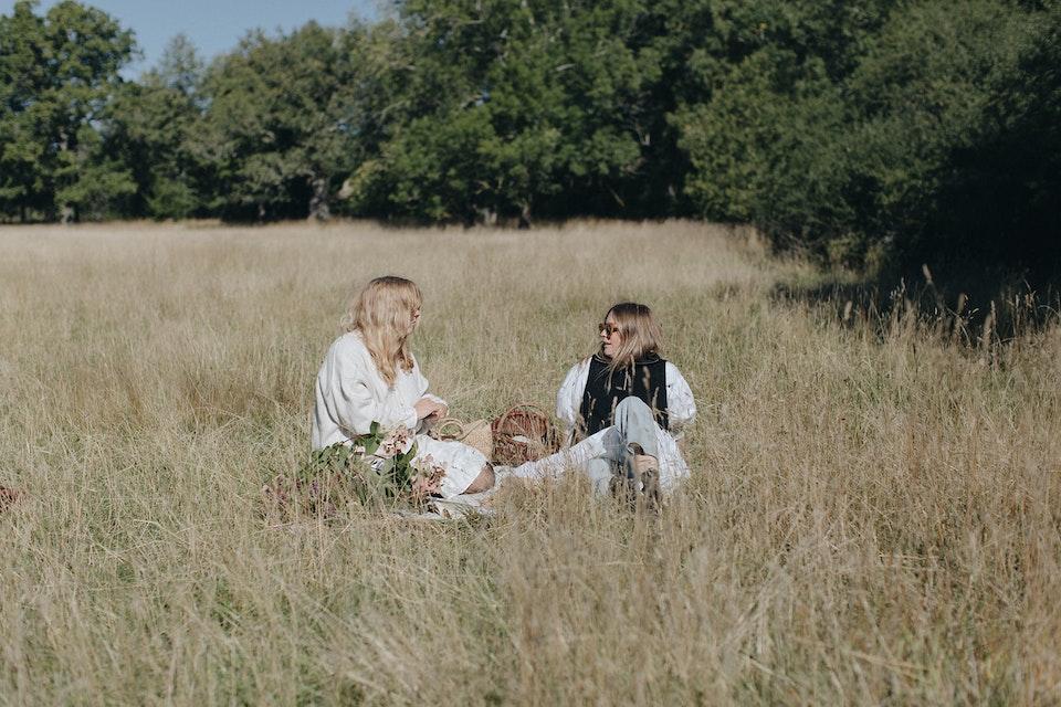 Sofia Wood & Elsa Billgren with Herbal Essences