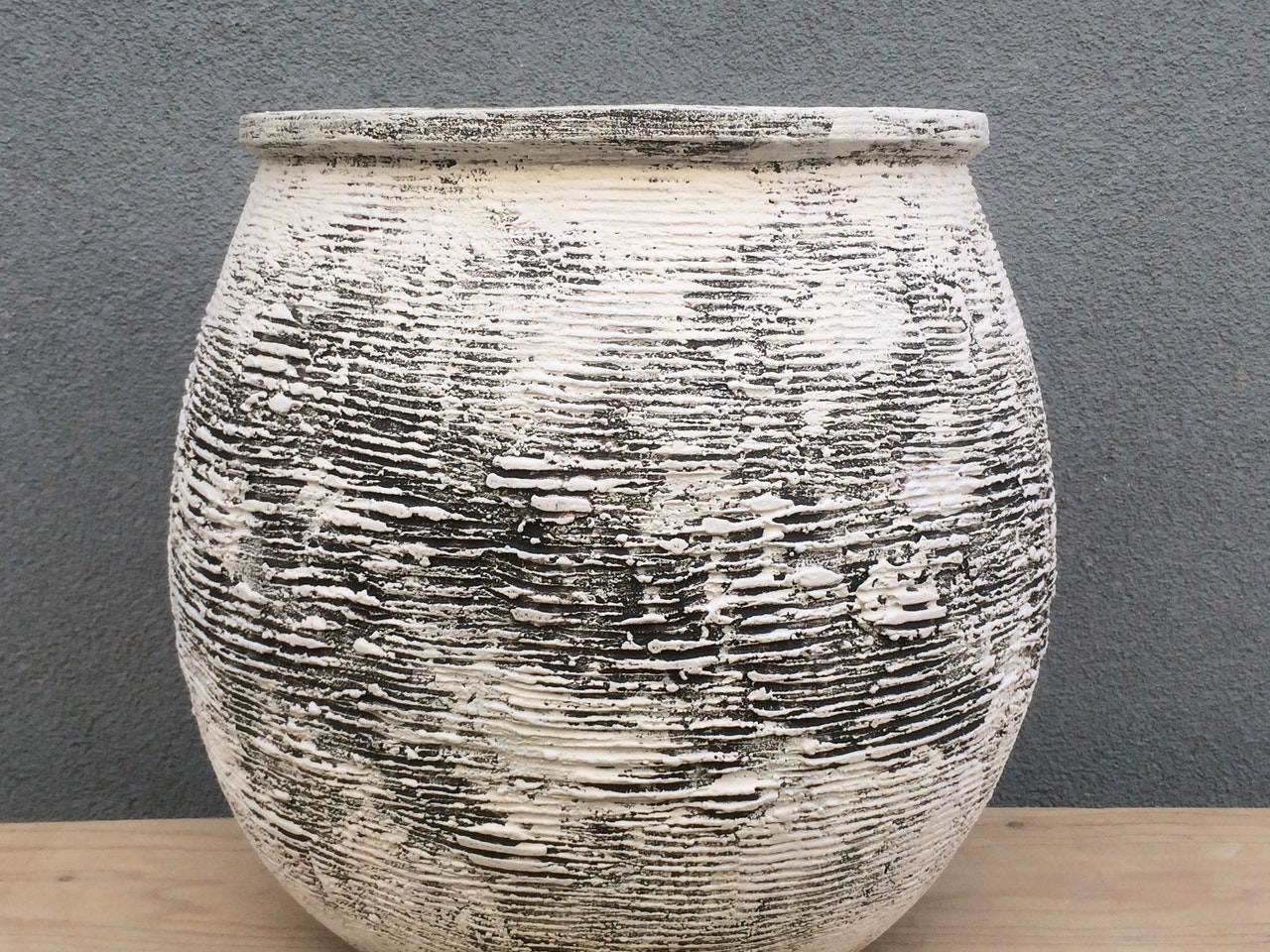 Lines Open pot