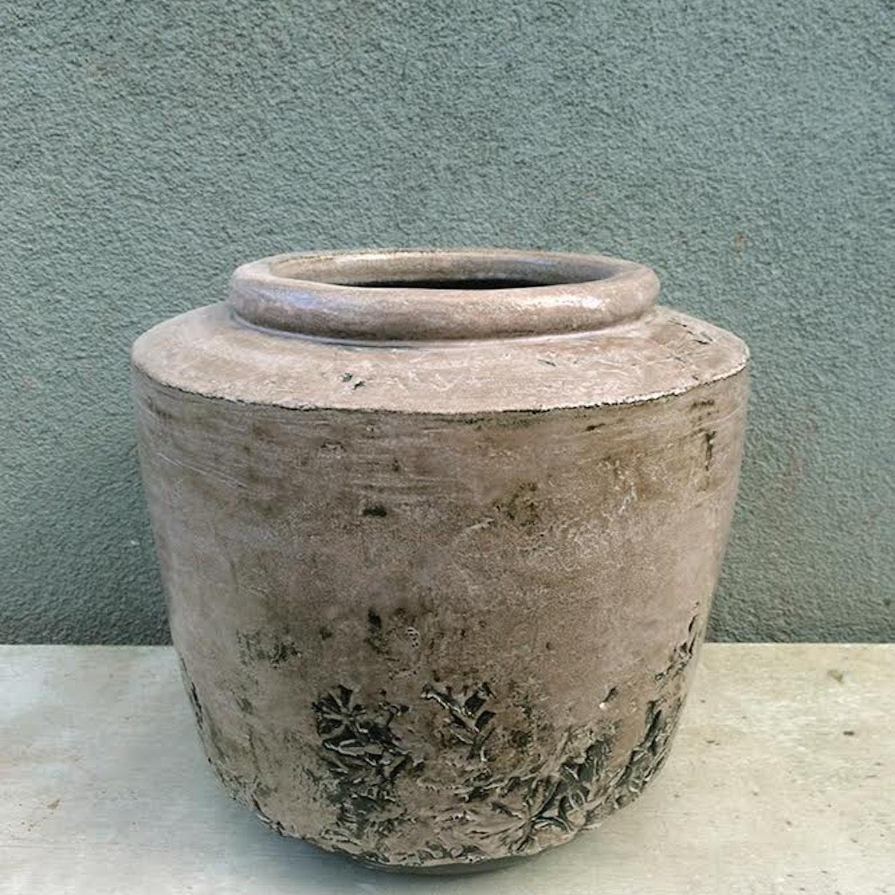 Flower blur pot