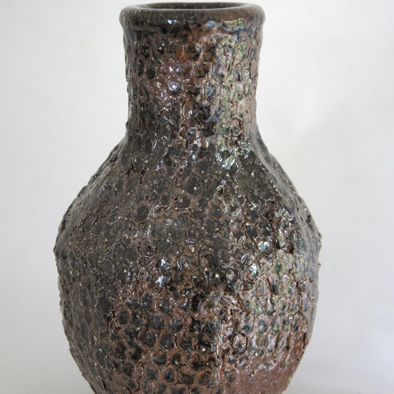 Honeycomb vase