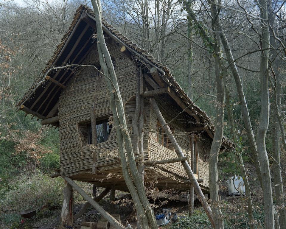 Symbiocène - La cabane de Jeff, Dinant, 2020 (non produit)