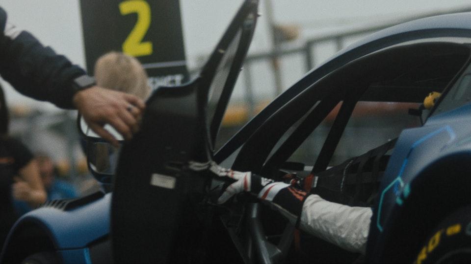 faceoff Racing X Aston Martin Racing -