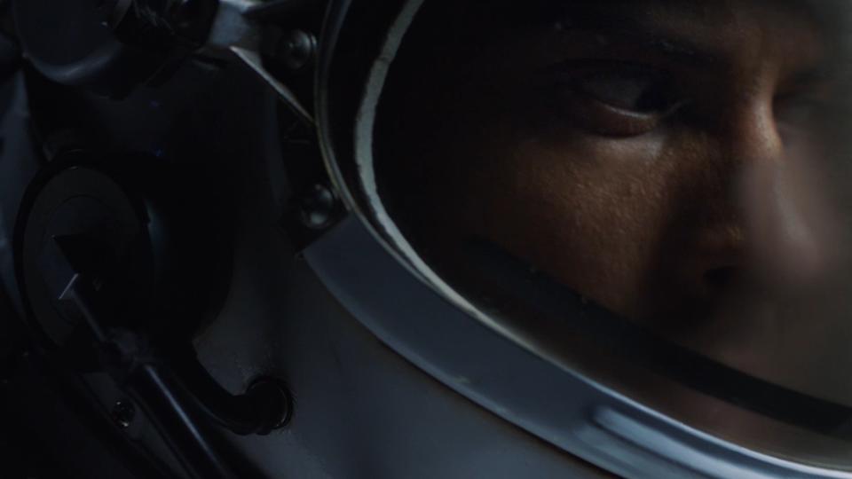 Mercedes-Benz S-Class - MBUX Experience - Astronaut -