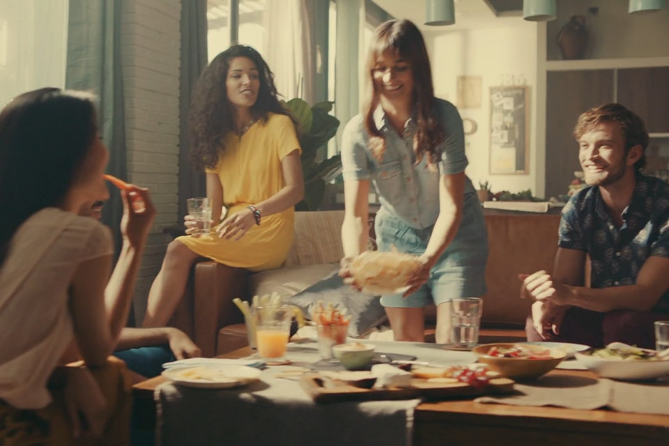 SERGI GALLARDO   CINEMATOGRAPHER - Lay's Oven Baked