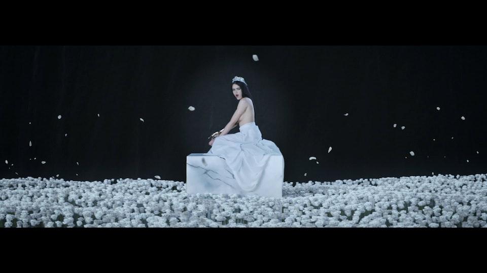 Kristina Bazan | Clockwork