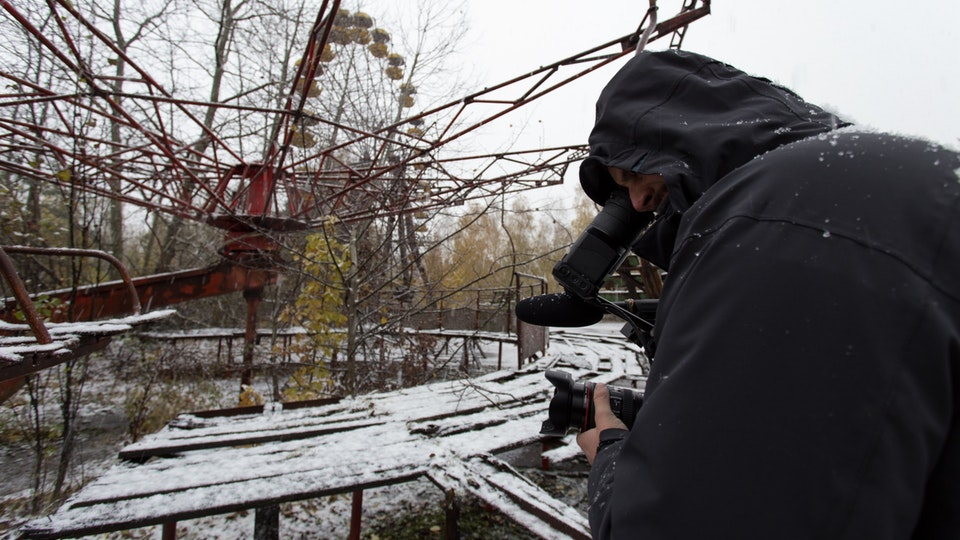 Recover - Streetart in Chernobyl