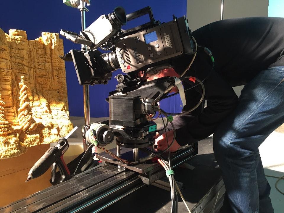 Cross Street Studio - Carl Warner's 'Honey Nut World', Pete Ellmore setting up the Cross Hire Motion Control Slider.